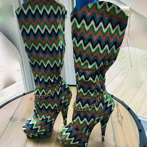 Mona Mia Boots in fun Chevron Pattern